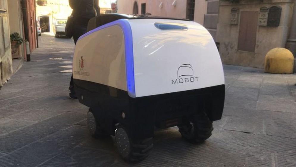 MoBot, il carrello robotico che aiuta a portare la spesa