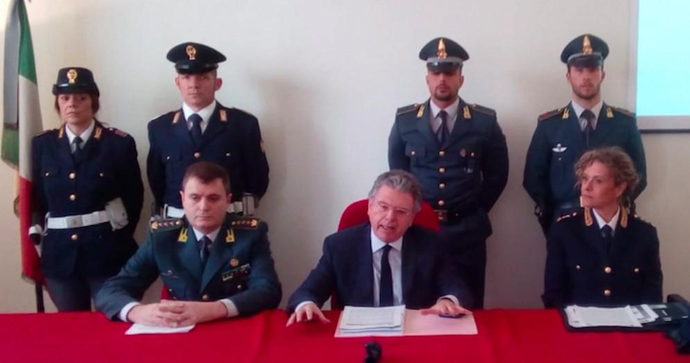 Immatricolazioni fraudolente di auto di lusso: evasi 30 milioni di euro