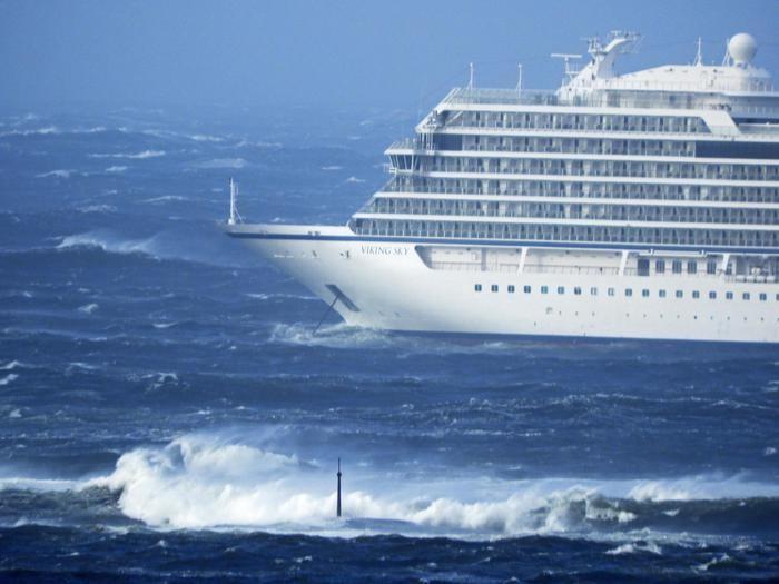 Norvegia: crociera in avaria, 1300 persone da evacuare