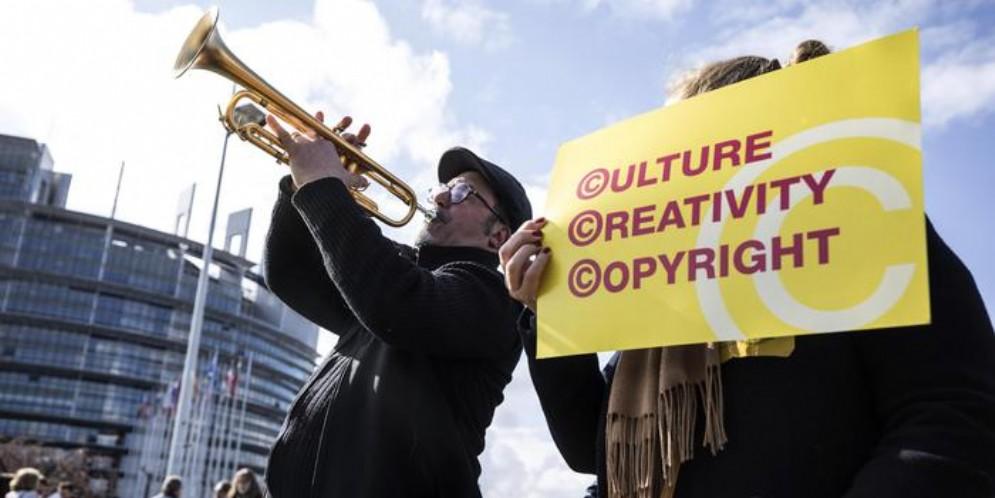 Direttiva copyright, ecco come cambierà business model online