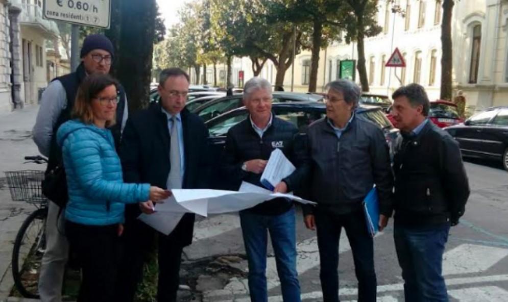 Nuovi marciapiedi in via Dante, via Pieri e via Cadore: consegnati i lavori