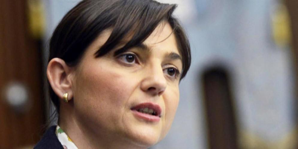 Spazzacorrotti, Serracchiani: «Abrogare la norma anti-associazioni»