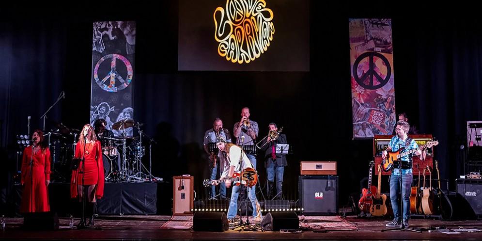Il 13 aprile arriva a teatro '50th Woodstock Anniversary'