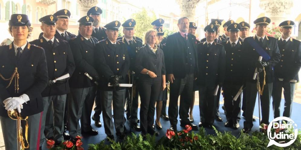 Celebrata la Festa della Polizia sotto la Loggia del Lionello
