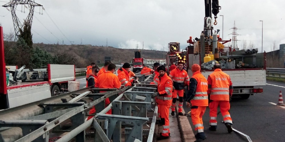 Il 13 e il 14 aprile per lavori saranno chiusi alcuni tratti autostradali