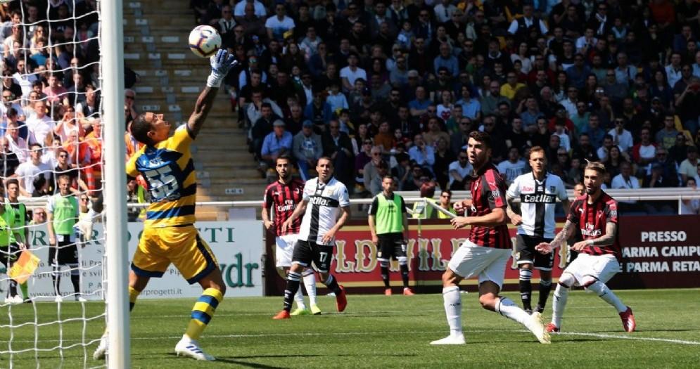 Castillejo colpisce di testa e porta in vantaggio il Milan