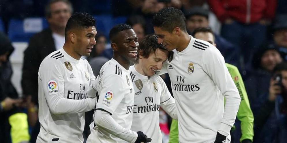 Real Madrid-Adidas rinnovo vale 1 miliardo e 600 milioni