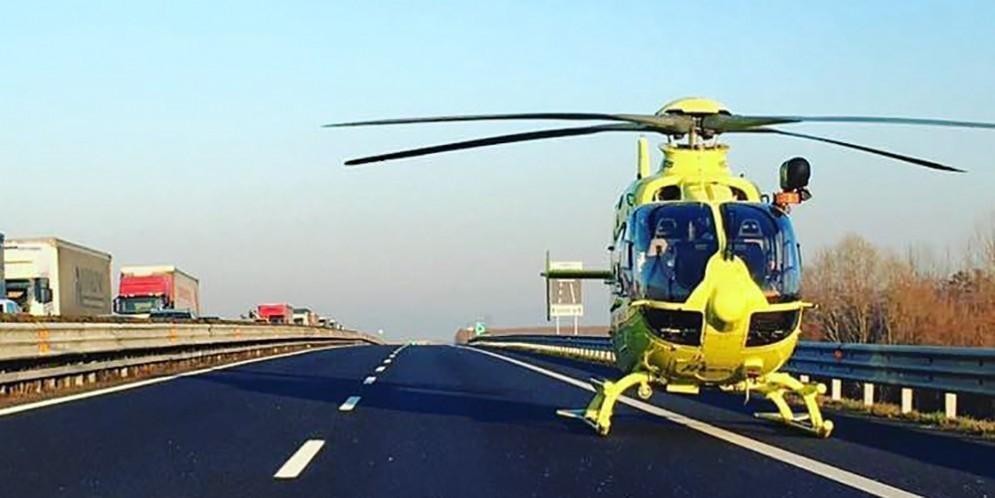 Grave incidente tra A4 e A23: un morto e due feriti