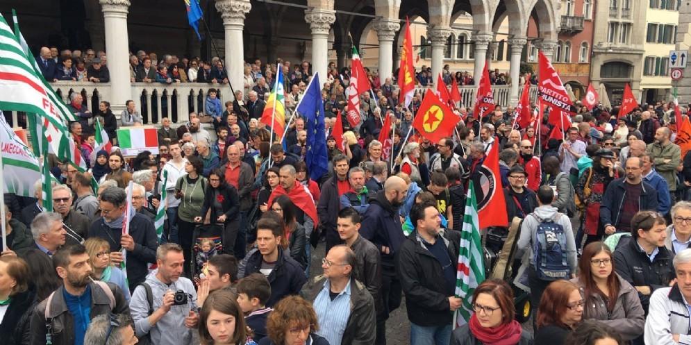 Cerimonia del 25 aprile: contestato il sindaco Fontanini