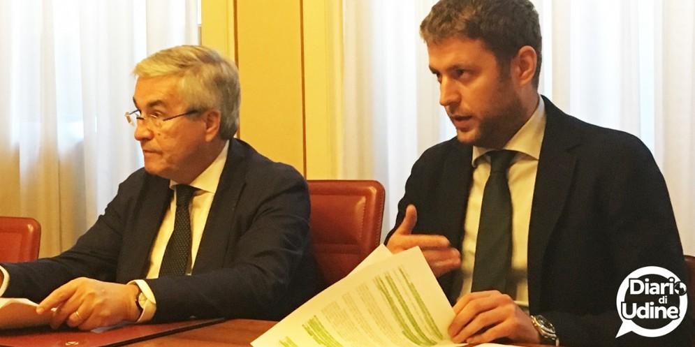 Fischi a Fontanini e a Ciani: condanna unanime del Consiglio comunale