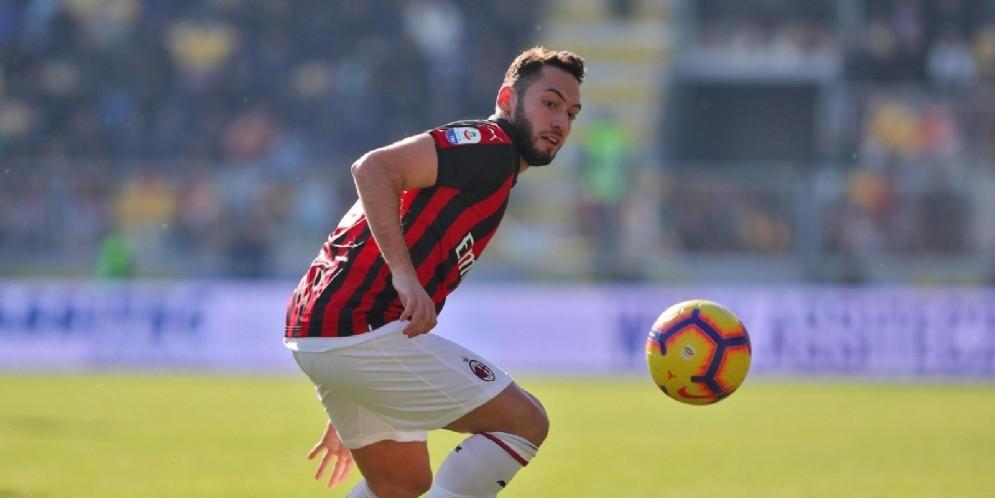 Hakan Calhanoglu, seconda stagione con la maglia del Milan