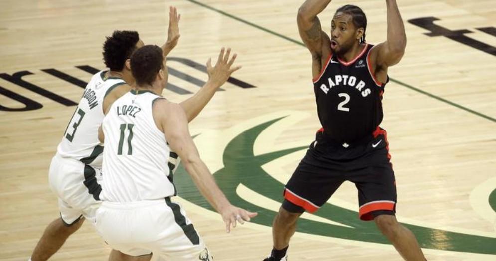 Antetokounmpo inarrestabile, Bucks 2-0 su Toronto