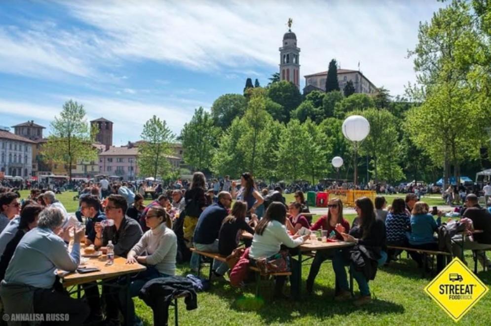 Torna in piazza Primo Maggio STREEAT® Food Truck Festival