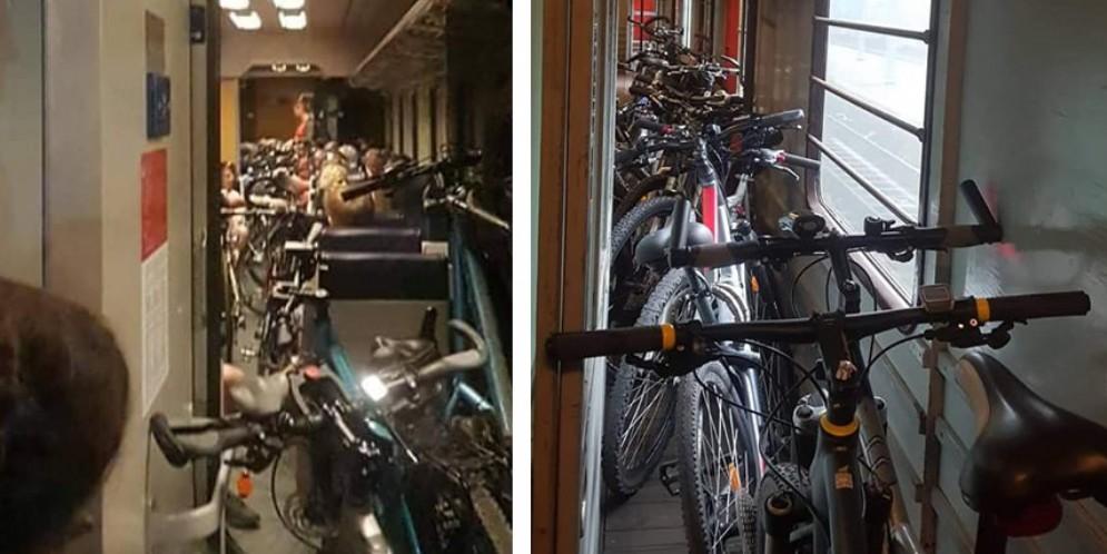 Troppe bici a bordo: caos e ritardi sul treno Micotra