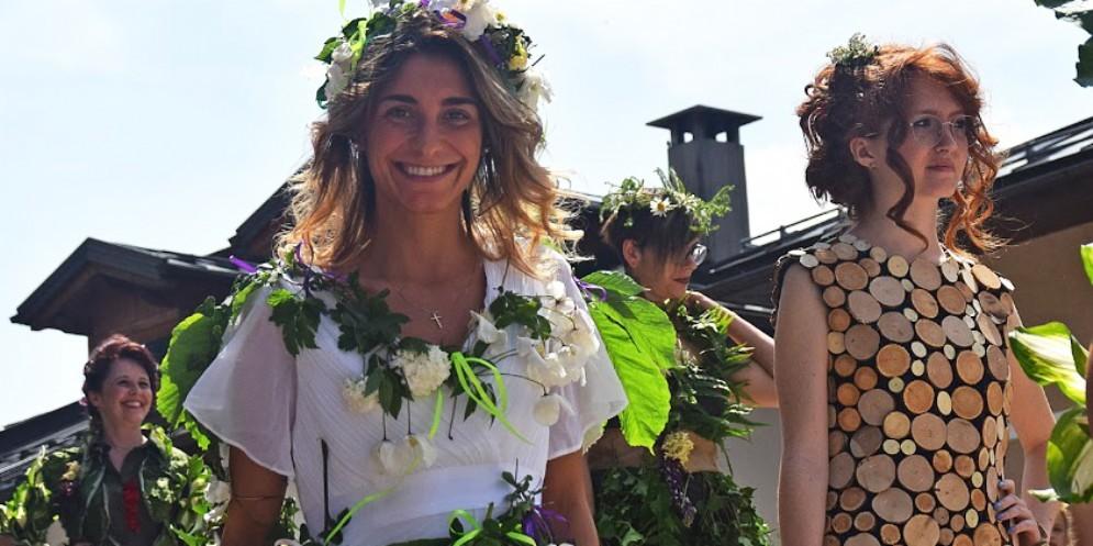 Sfilata di modelle 'naturali' alla Festa delle Erbe di Primavera