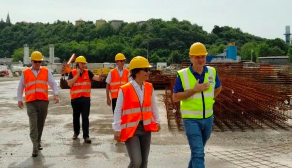 Trieste, Serracchiani: «Piattaforma logisticainteressa agli investitori»