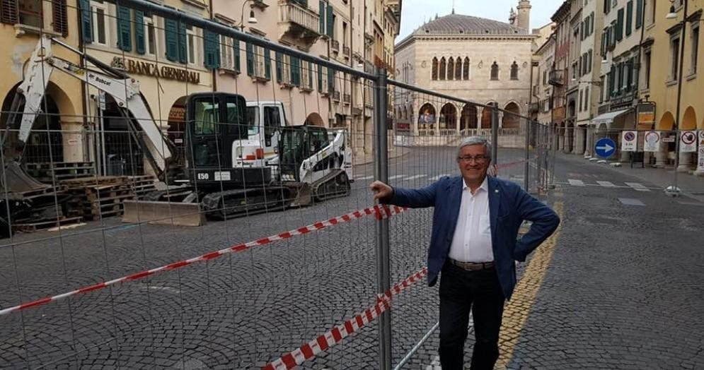 Via Mercatovecchio: partiti i lavori per la nuova pavimentazione