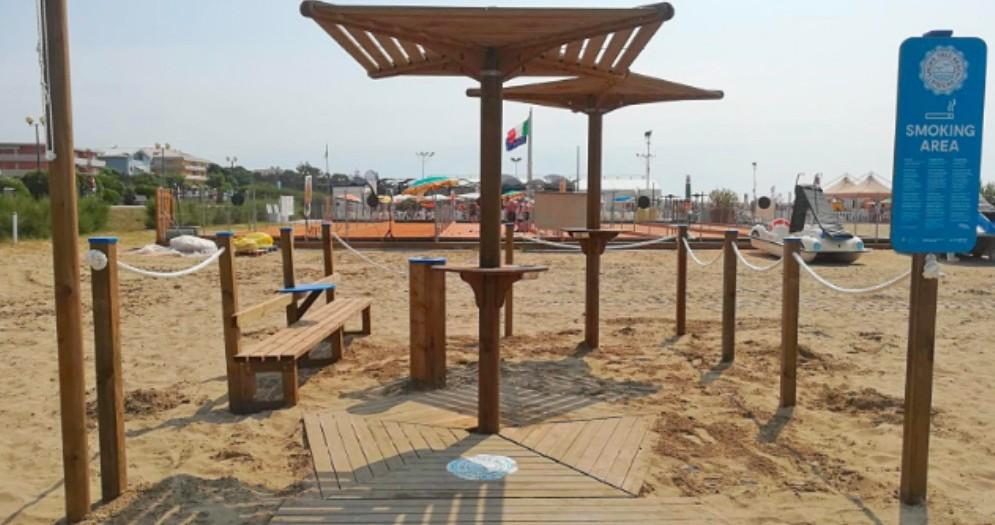 Aree fumatori in spiaggia: l'idea di Legnolandia