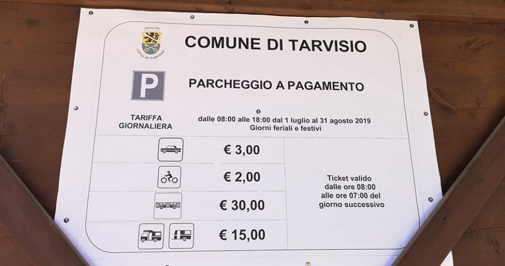 Laghi di Fusine: introdotto il ticket per le auto