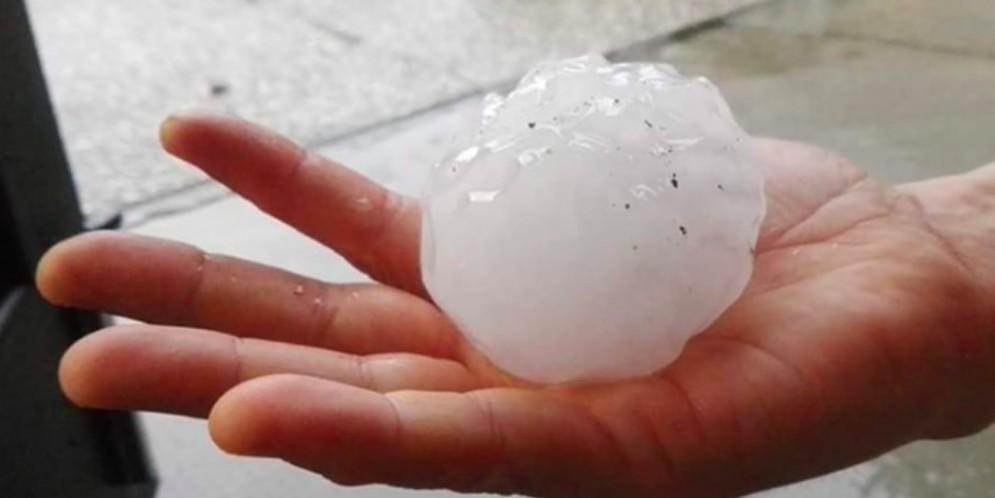 Maltempo in Friuli: pioggia, temporali forti e grandine