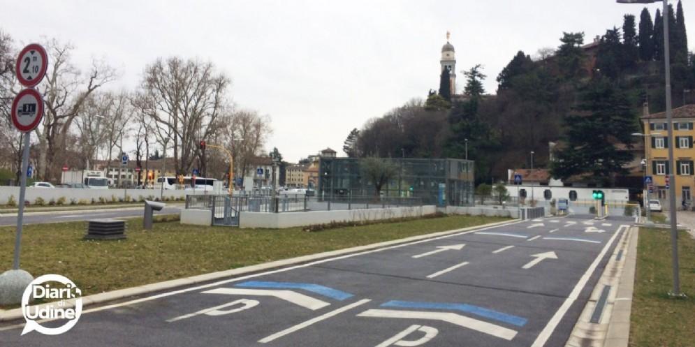 Rivoluzione parcheggi in struttura: aperti h24 e sosta gratuita dalle 18 alle 22