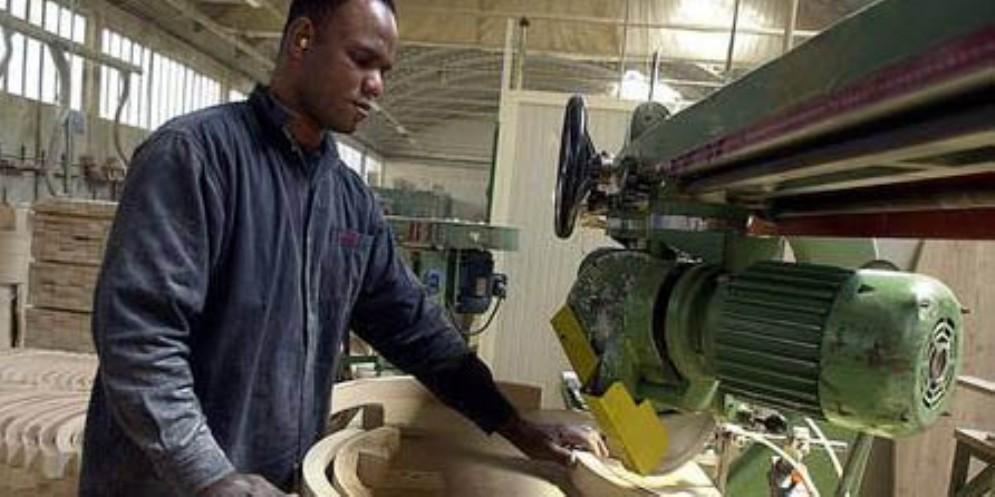 In Fvg ci sono 6 mila lavoratori con il posto a rischio