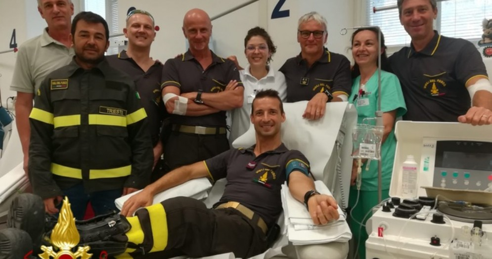 I Vigili del Fuoco triestini donano il sangue