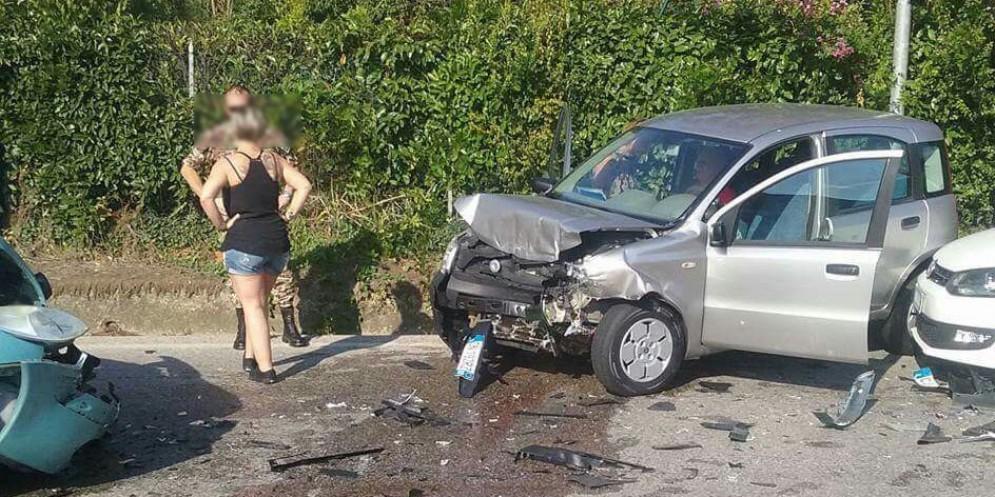 Incidente sulla Pontebbana: 3 veicoli coinvolti, 2 persone ferite