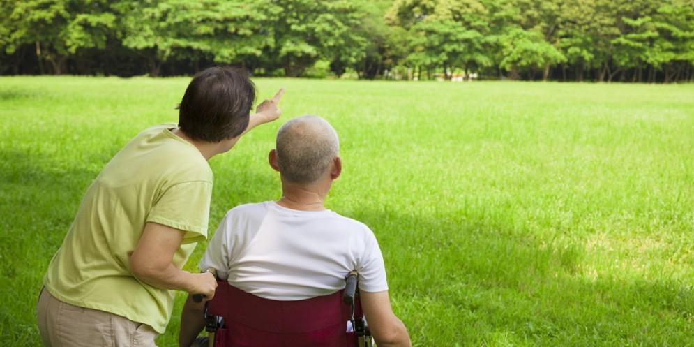 Caregiver, il primato del Fvg. Spi-Cgil: «Sostenere chi aiuta gli anziani in casa»