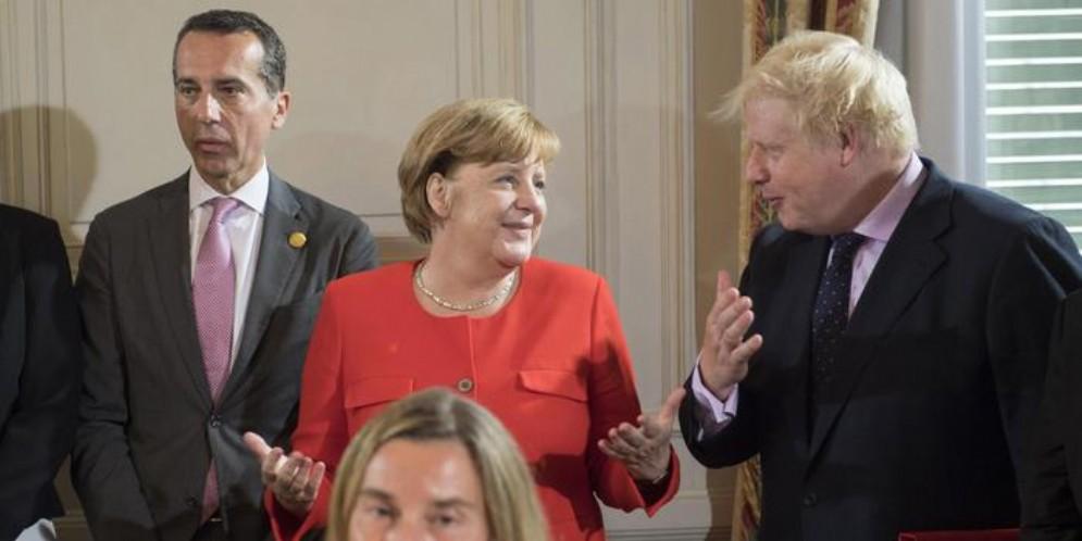 La Cancelliera Angela Merkel con il Premier britannico, Boris Johnson