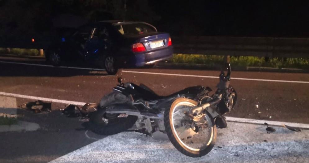 Muore a due settimane dall'incidente in moto: comunità di Ampezzo in lutto