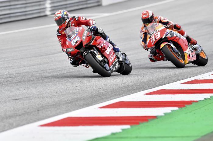 Il sorpasso di Dovizioso in Austria ai danni di Marquez