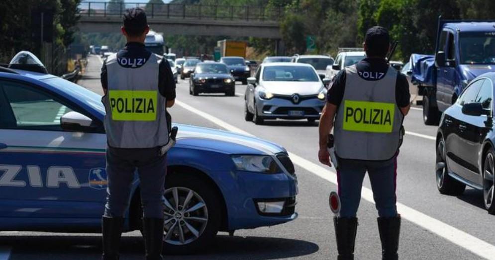 Posto di blocco della Polizia