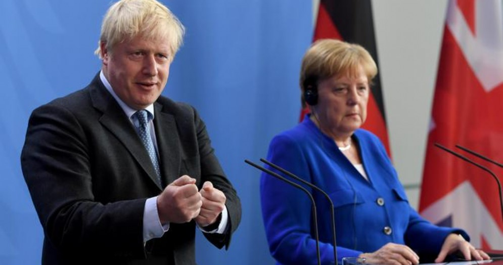 Boris Johnson con la Cancelliera Angela Merkel