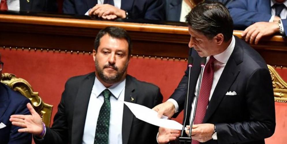 Matteo Salvini e Giuseppe Conte al Senato