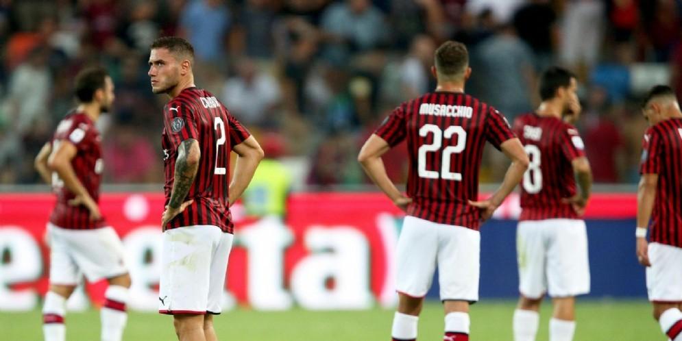 Il Milan barcolla spaesato sul prato dello stadio Friuli di Udine