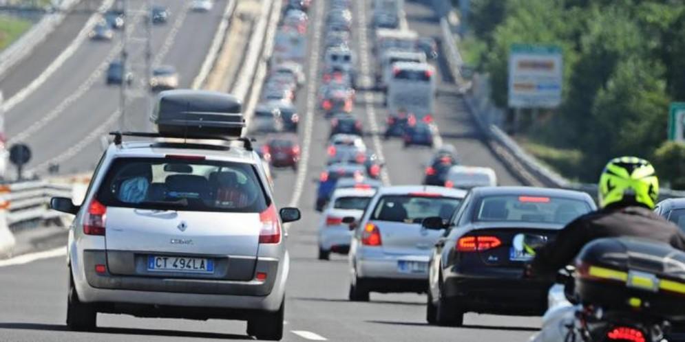 In Italia a fine 2018 un auto su due è di media cilindrata