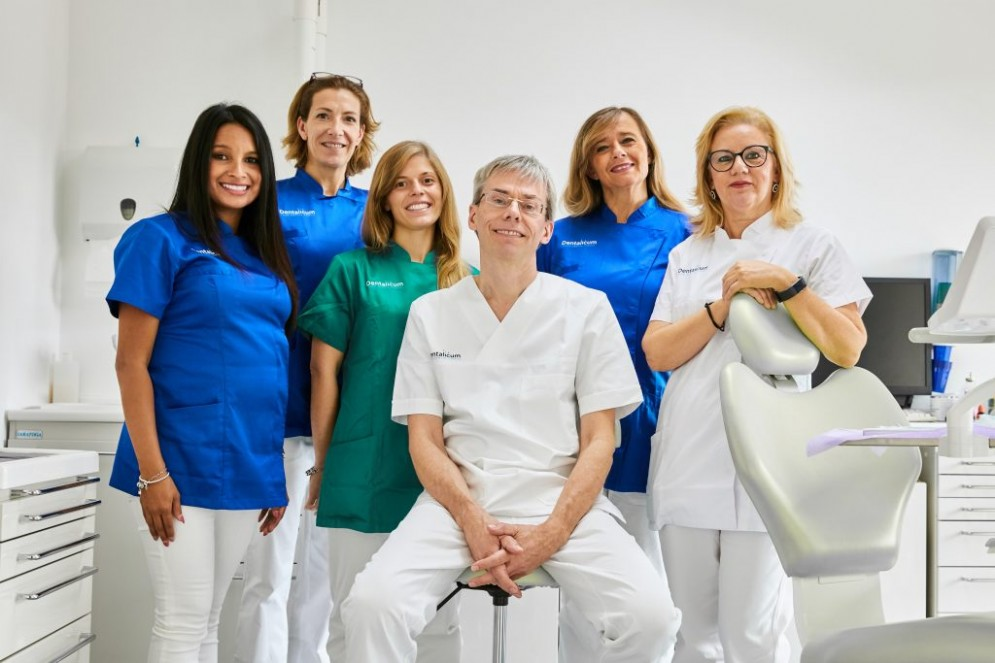Dentalicum Staff