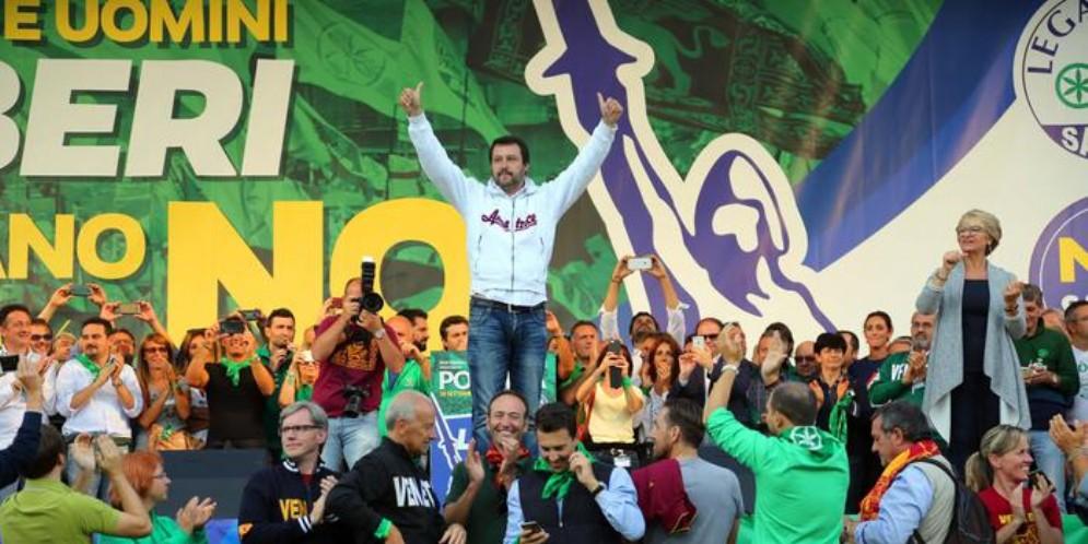 Cassino, ancora insulti per Salvini: spunta un'altra scritta
