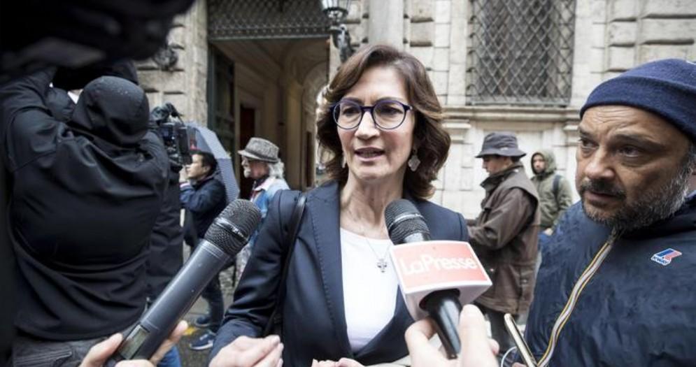 Mariastella Gelmini, Deputata di Forza Italia