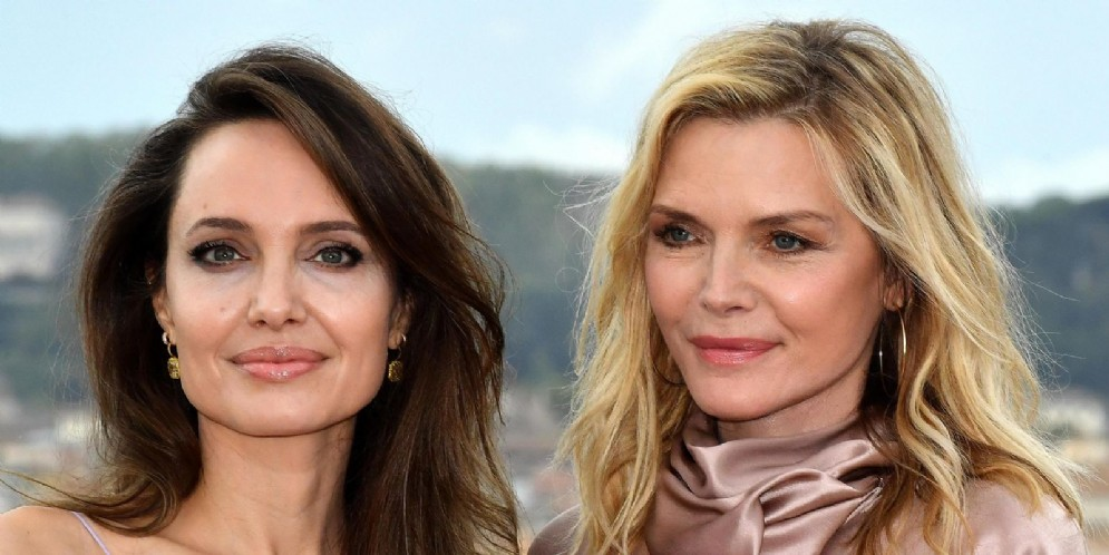 Angelina Jolie e Michelle Pfeiffer a Roma per la presentazione di «Maleficent»