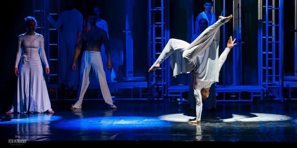 Arriva a Udine il nuovo spettacolo di Le Cirque World's Top Performers