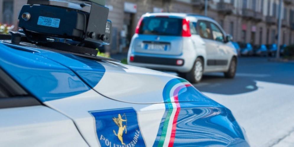 In tangenziale a 166 km/h: patente ritirata e 847 euro di multa