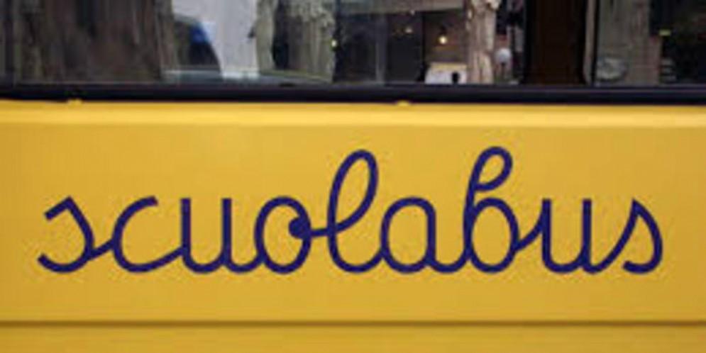 Pagamento del bus scolastico: Serracchiani e Pittoni si contendono il merito