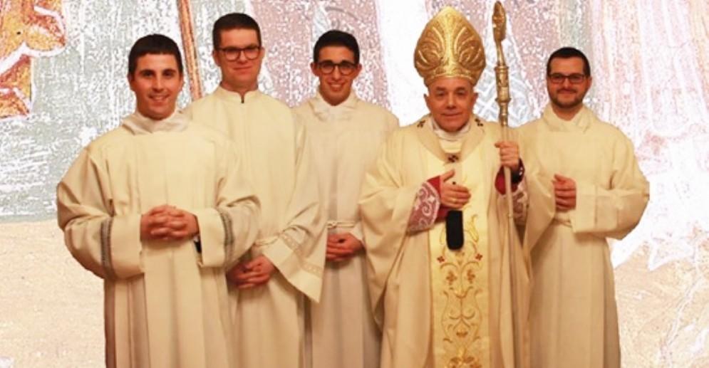 Diocesi in festa per l'ordinazione di 4 nuovi diaconi