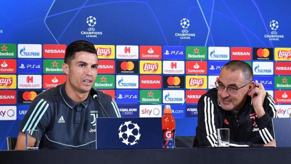 Cristiano Ronaldo e Maurizio Sarri in conferenza stampa