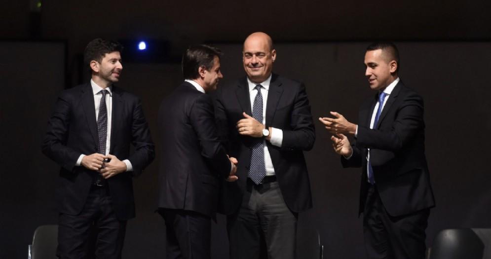 Il ministro della Salute Roberto Speranza, il premier Giuseppe Conte, il segretario del Pd Nicola Zingaretti e il ministro degli Esteri Luigi Di Maio