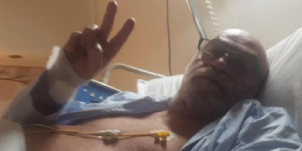 Toni Capuozzo operato al cuore: «Non vi libererete facilmente di me»