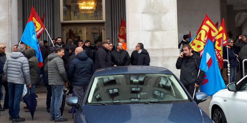 Wartsila: Fim, Fiom e Uilm in presidio a Trieste contro gli esuberi