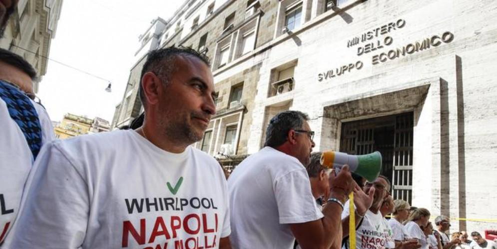 Manifestazione della Whirlpool di Napoli